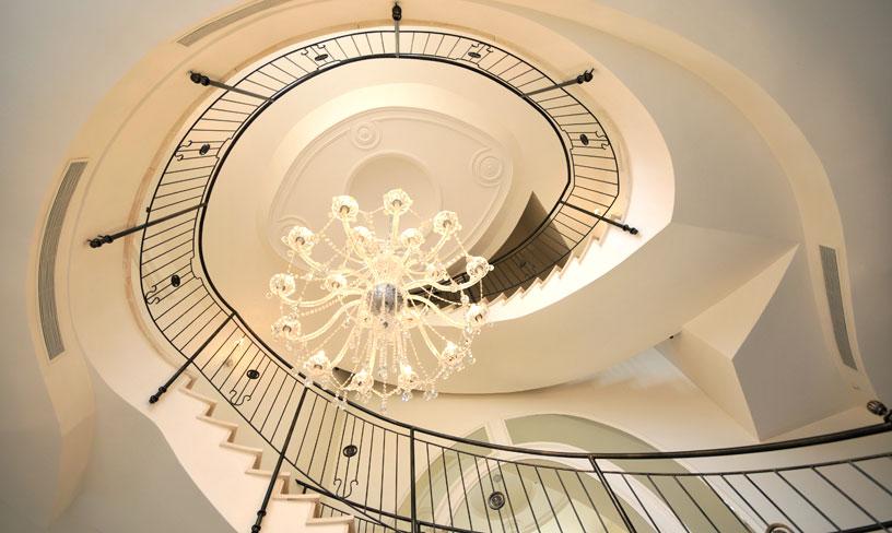 עיצוב מדרגות ספירלה לבית